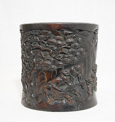 Well  Hand  Carved  Chinese  Hard  Wood  Brush  Pot     M984