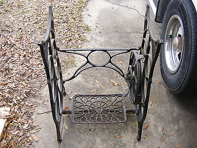 Antique Art Deco Treadle Sewing Machine Legs Industrial Stand Steampunk