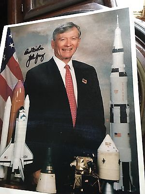 John Young Apollo 16 Moon Walker Signed 8 X 10 Photo (Original) JSA Letter