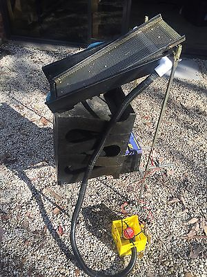 Original Gold Cube 4 Stack Delux Gold Sluice With Gold Banker and accessories