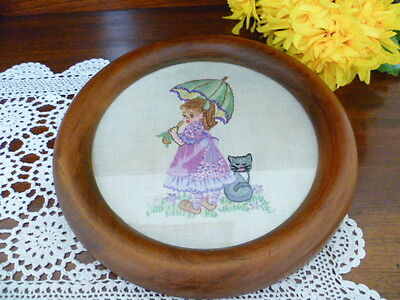Hand Embroidered Wood Frame round Picture 1920's depicting girl and cat