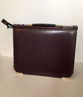 Presentation Case - Bonded Leather with Handle/Zip/Metal Corners - Maroon