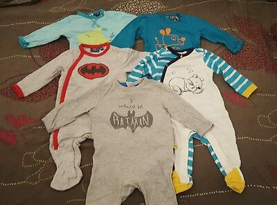 Lot de 5 pyjamas coton été 6 mois batman, Disney ...
