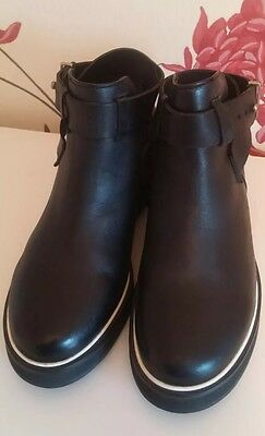 Urban Outfitters Black Leather Ladies Strap Ankle Boots Size 5 Uk 38 Eu