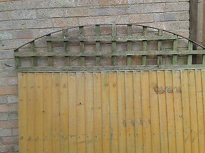 Feather Edge Fence Panels 5 off 4ft x 6ft  + 5 pieces of trellis