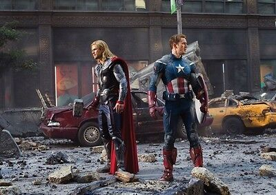 The Avengers Captain America and Thor AFFICHE