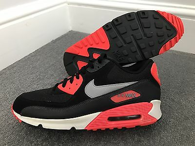 Men's Nike Air Max 90 Essential Trainers Infra Red / Black UK 11