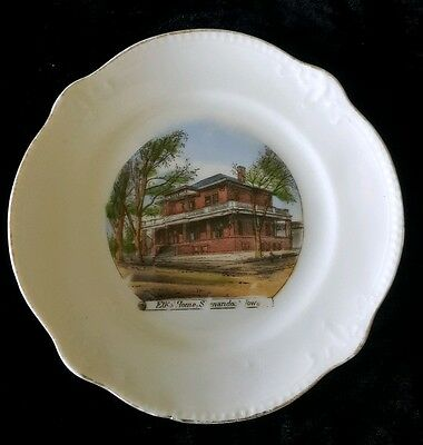 VINTAGE SHENANDOAH IOWA SOUVENIR PLATE OF ELKS HOME made for MENTZER BROS.