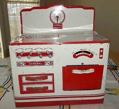 """1940's Childs Toy Tin Oven Stove Red & White """"general Metal Toys Ltd"""" Canada"""