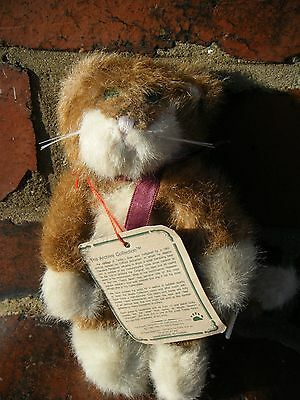 Boyds bears : Ginger and white Cat (called Keats) : The Archive Collection