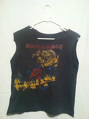 "Ultra Rare 1982 IRON MAIDEN ""THE NUMBER OF THE BEAST"" ROCK CONCERT SHIRT"