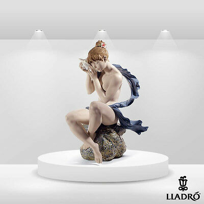 "Lladro 8691 ""WHISPERS FROM THE SEA "" Women NEW"