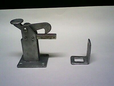 Gate/door Latch And Stop,heavy Galvanised Metal Automatic Foot Operated .1 Set.