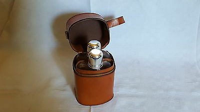 Silver plate & glass pair of vintage Art Deco antique hip flasks in leather case