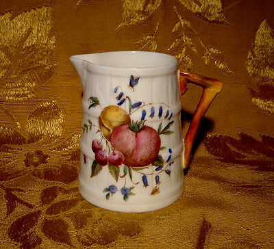 Royal Worcester *delecta* Creamer Made In England