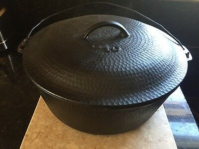 Hammered Cast Iron Dutch Oven Massive No 10 Raised 10 Base & Lid With Bail