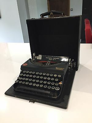 REMINGTON MODEL 5 PORTABLE TYPEWRITER 1938 Excellent Condition