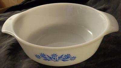 Vintage  Anchor Hocking Fire King One Quart Round Casserole - Cornflower - VGC