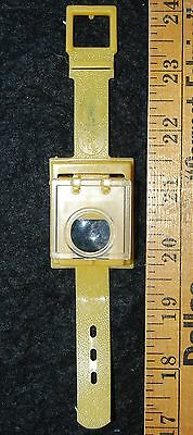 [ 1970s Cap'n Crunch STORYSCOPE Magnifying Watch - Vintage Cereal Premium ]