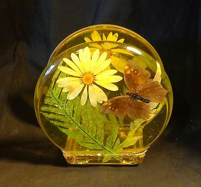 Vintage Yellow Acrylic Lucite Plastic Napkin Holder Butterfly Daisy Flower