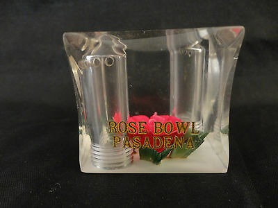 Rose Bowl Pasadena Souvenir Salt Pepper Shaker Cube