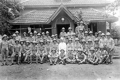 pre WW1 WWI British soldiers in pith helmets - CDV - unidentified