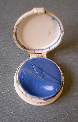 Vintage Max Factor Hollywood Eye Shadow Blue Makeup 1-inch Hinged Compact