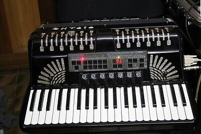 Titano 120 Bass Piano Accordion With Midi & Fully Serviced