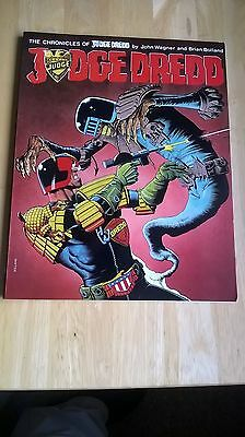 The Chronicles Of Judge Dredd Booklet/comic - 1St Edition.
