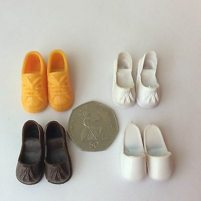 Sindy vintage dolls clothes accessories 4 pairs tassel trainers clog shoes
