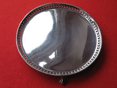 Vintage Solid Silver Waiter Bead and Pierced Rim  7.0 inches  London 1928