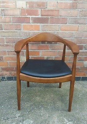 HANS WEGNER danish style 50s 60s vintage style wood frame and black leather seat