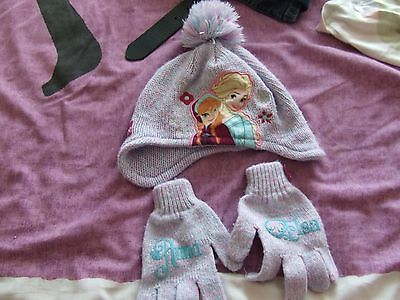 frozen bobble hat and gloves age 3/6 years