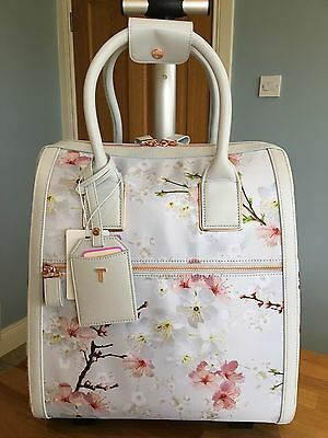 New Ted Baker Oriental Blossom Travel Bag Alayaa