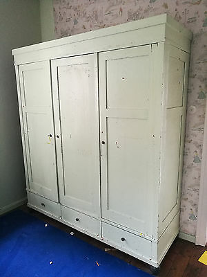 gro er jugendstil kleiderschrank w scheschrank im shabby chic um 1910 eur 175 00 picclick de. Black Bedroom Furniture Sets. Home Design Ideas