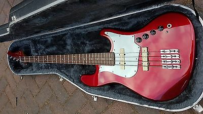 Trace Elliot T Bass 4 String. 1998 Rare and in incredible condition