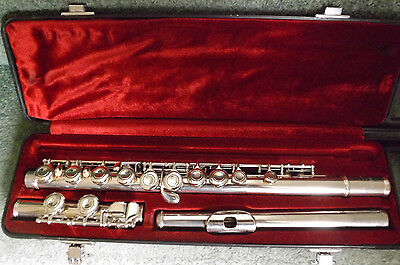 Yamaha yfl221n student flute made in japan for Yamaha yfl 221 student flute