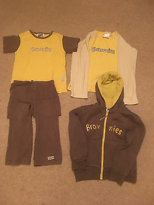 Brownies Uniform 4 Piece Size 26-28 - No holes and no stains!
