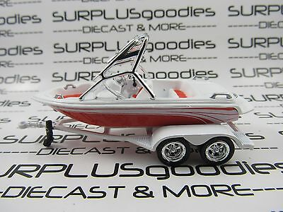 Johnny Lightning 1/64 Scale LOOSE Orange & White Speed Fishing Boat with Trailer