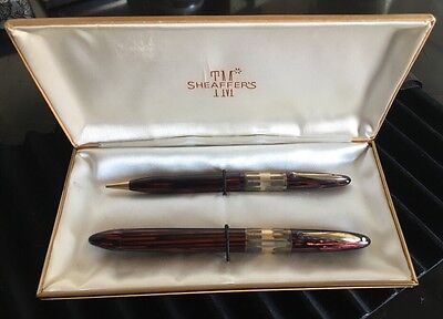 1940's  Sheaffers Fountain Pen and Pencil Set in Original Case Maroon Striped