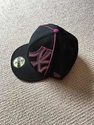 Pre- Owned New Era 59fifty New York Yankees Size 7 3/8