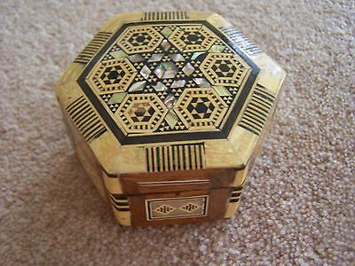 Wooden Hinged Patterned Decorative Vintage Trinket Box Ornament Collectable