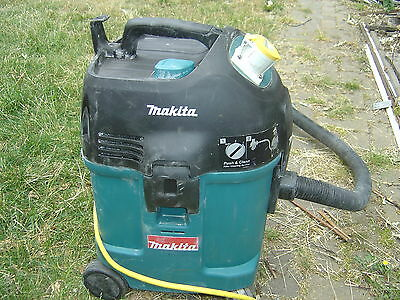 Makita industrial Dust Extractor Vacuum Cleaner 4446L 110v Drywall Sanding