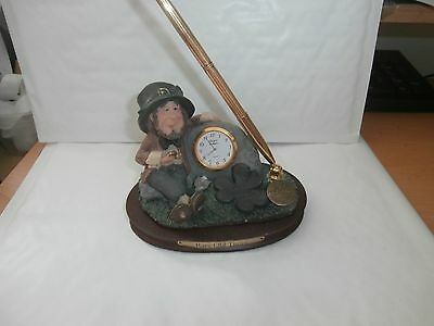Blarney Stone Figures Finnians  Rare Old Times  Clock And Pen Set As Shown
