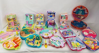 polly pocket bundle 11 × Mix Cases , Compacts . Houses Figures