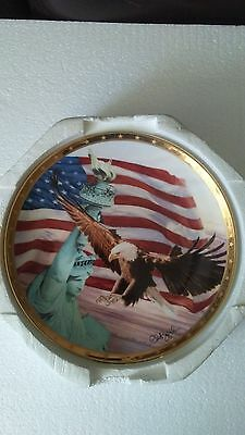 Royal Daulton America the Beautiful Franklin Mint Plate w Music Box Nm