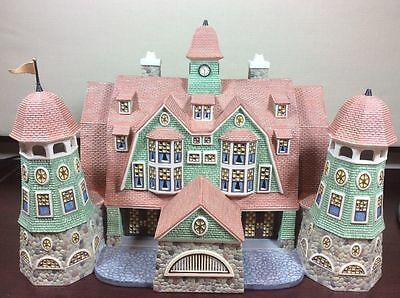 Dept 56 Seasons Bay ~ Grandview Shores Hotel ~ With Box 53300