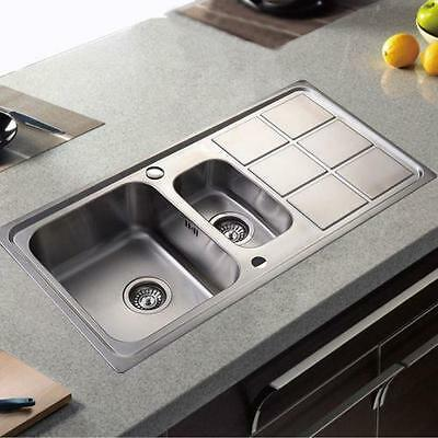 Stylish Modern 1.5 Bowl Stainless Steel Kitchen Sink Compete With Waste Kit 892