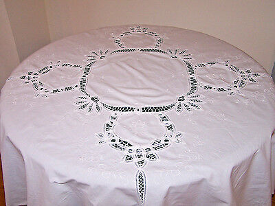 "Stunning Vintage Battenburg Lace Tablecloth, 62"" Round,  Pristine White, Ex Cond"