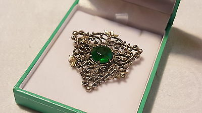 Solid silver & green stone vintage Victorian antique scroll work brooch